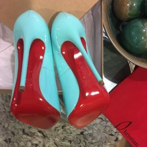 fa746d0bf06 Christian Louboutin Hot Chick 130mm Pumps